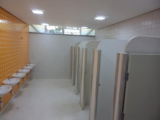 Divisória para Banheiros Coletivos Amparo - Divisória para Banheiro Pequeno