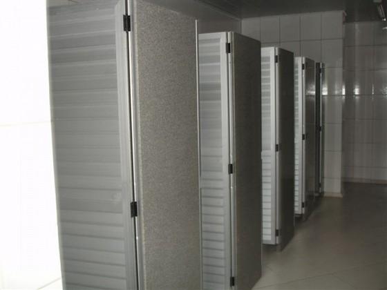Instalação de Divisórias para Banheiros Comerciais Limeira - Divisória para Banheiro Pequeno