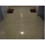 piso cimentício colorido