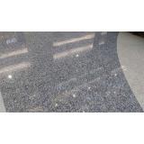 revestimento de piso com granilite